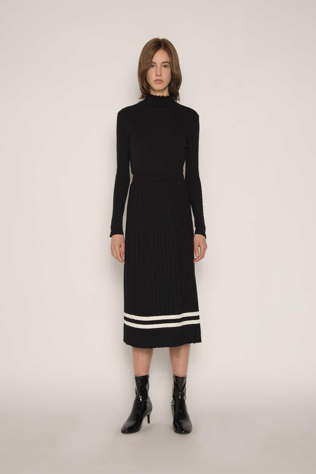 Skirt H164 Black 2