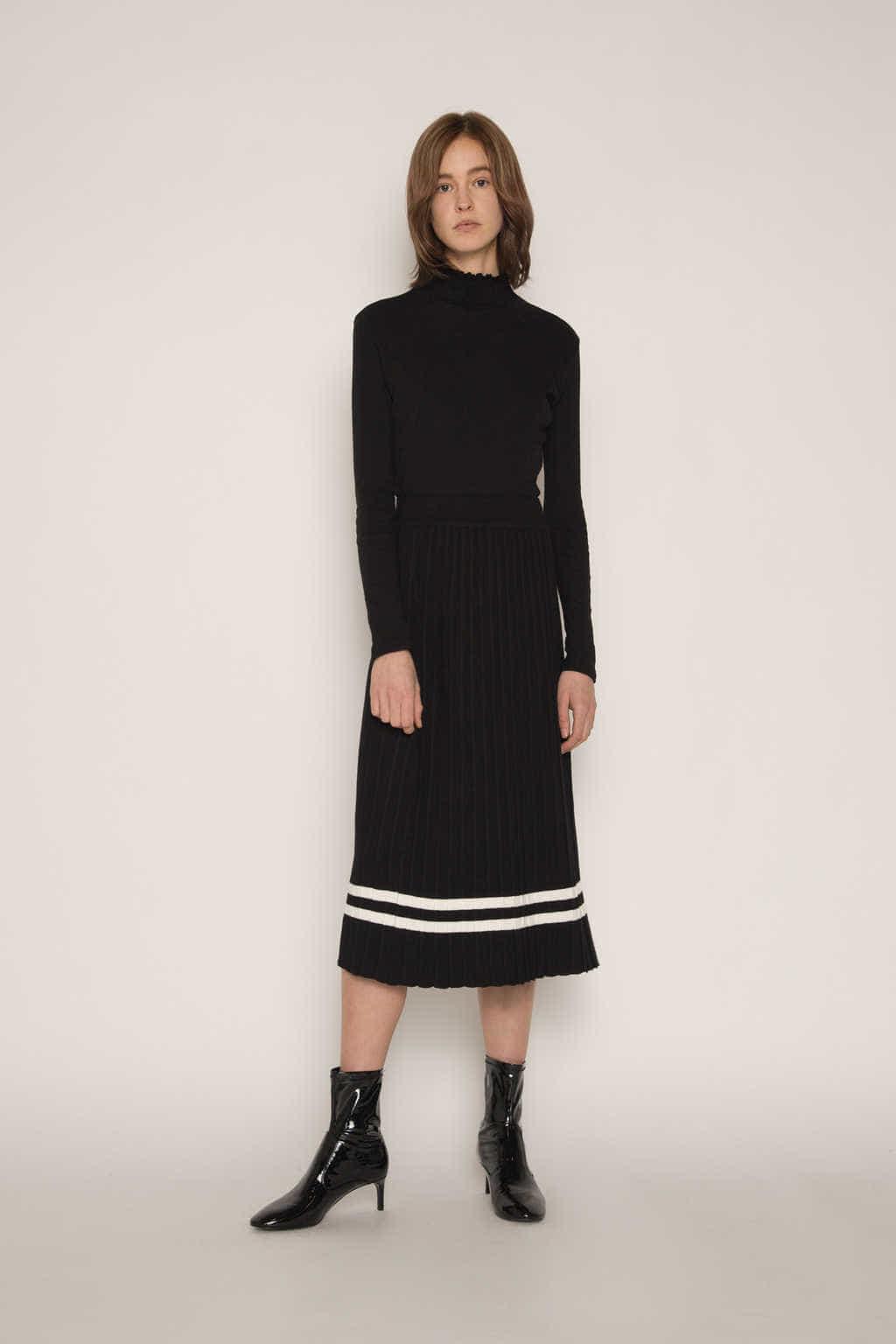 Skirt H164 Black 3