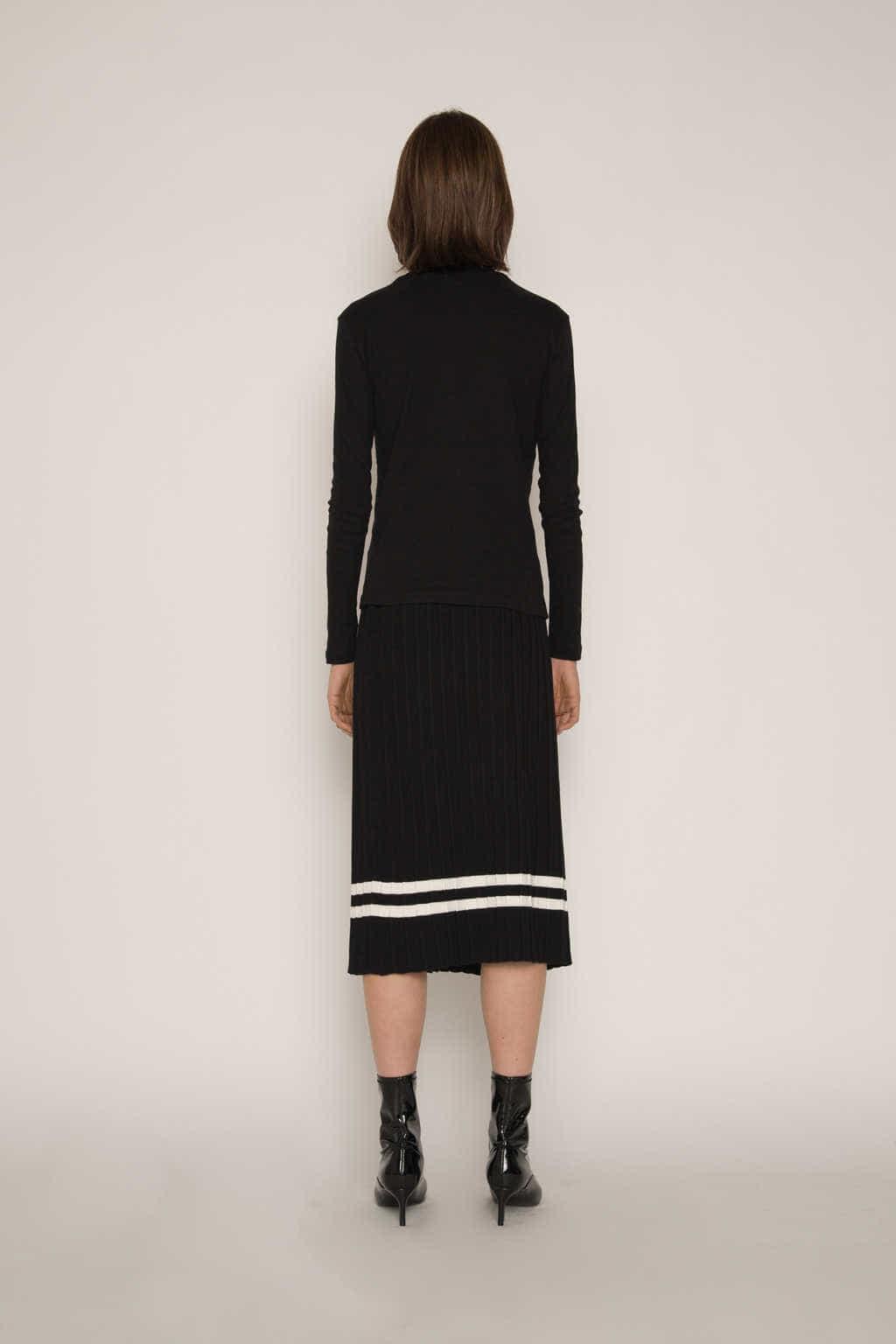 Skirt H164 Black 4