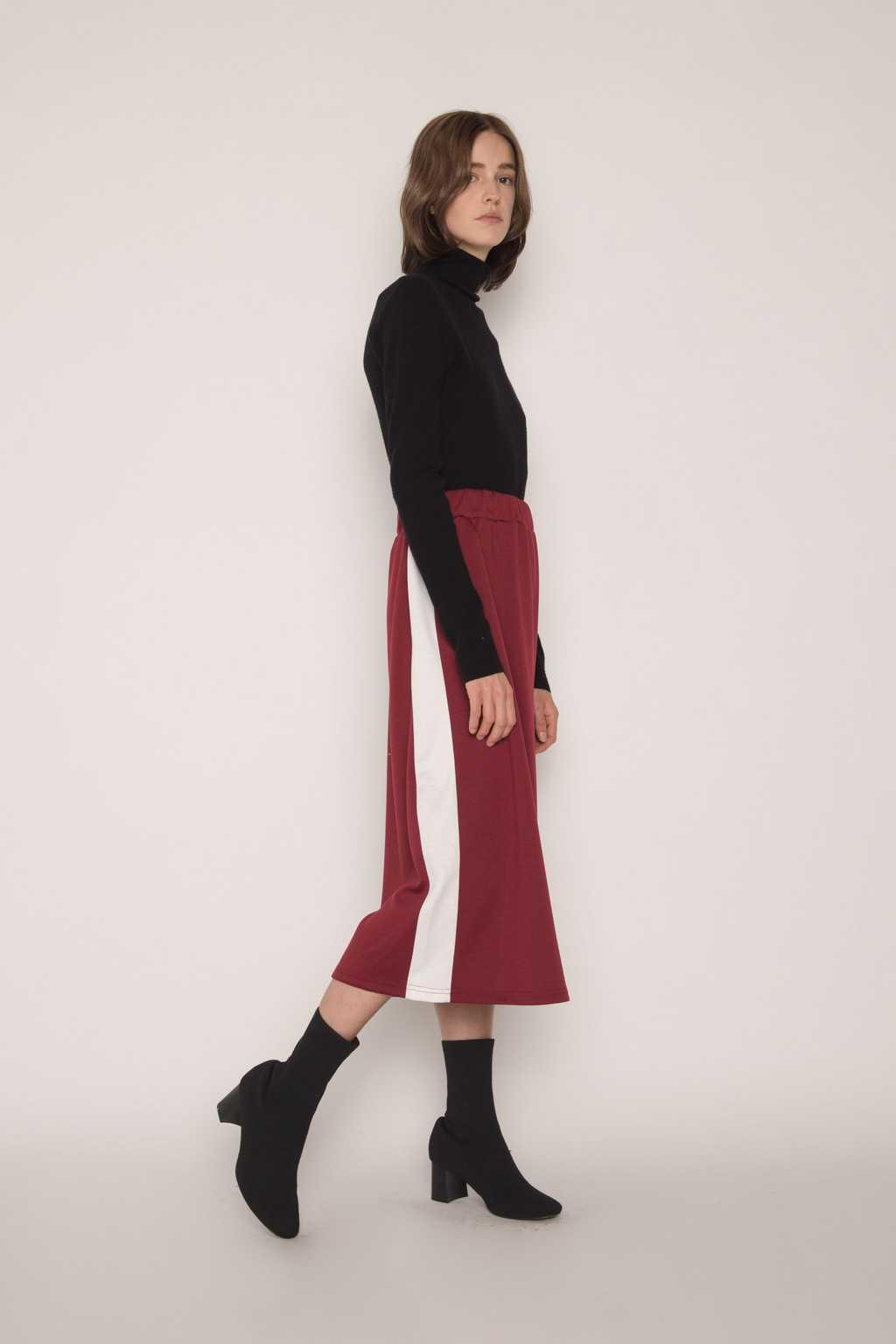 Skirt H166 Wine 2
