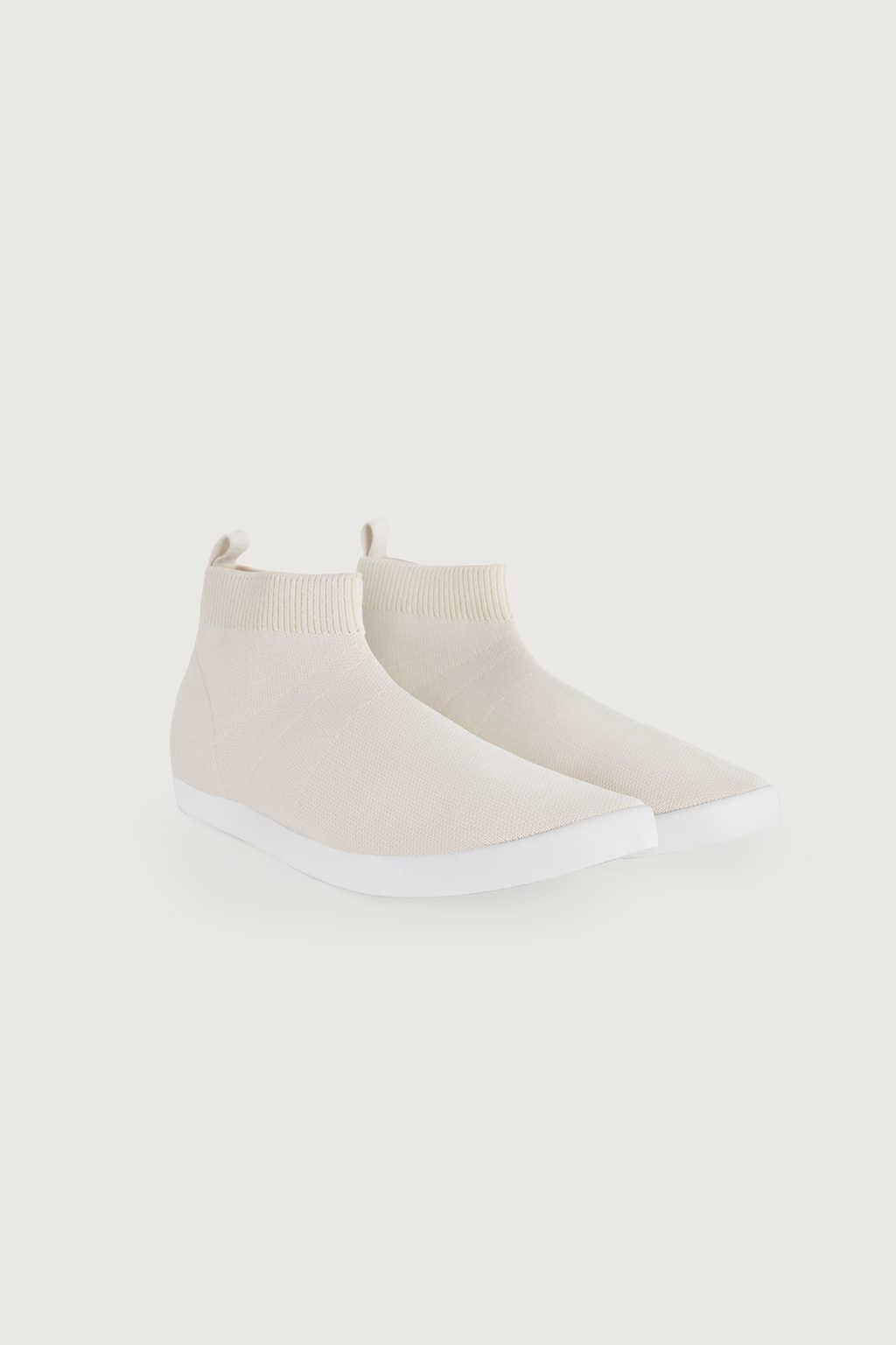 Sneaker 3334 Cream 2