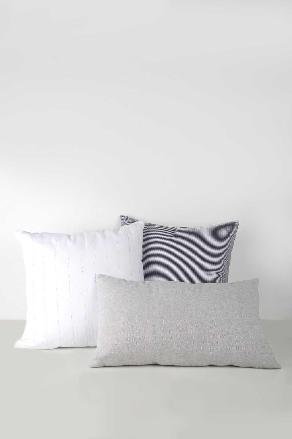 Striped Pillow 1844 Navy 2