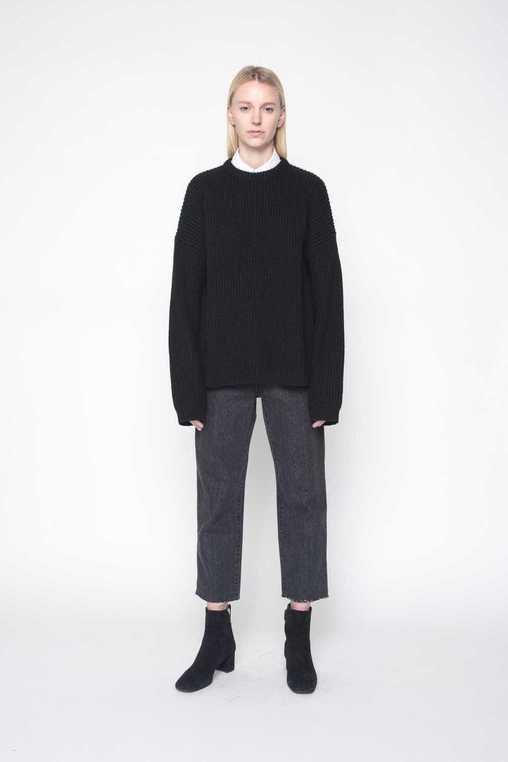 Sweater 1002 Black 1