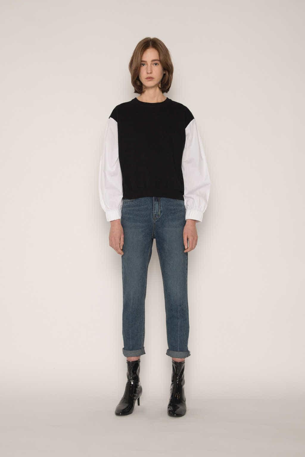 Sweater 2300 Black 1