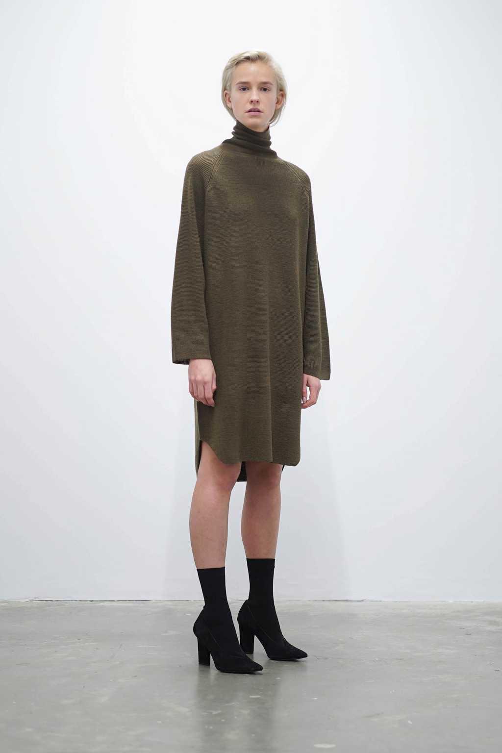 Sweater 7207 Olive 2