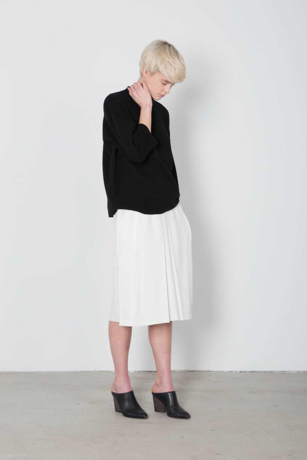 Sweater 7210 Black 2