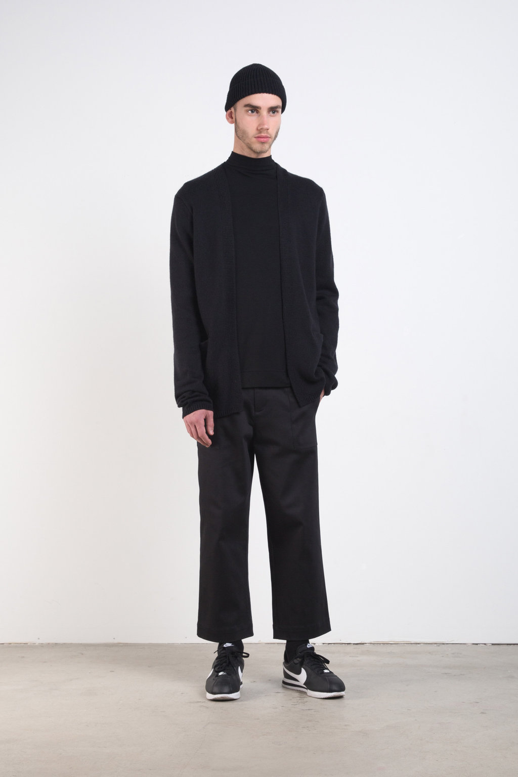 Sweater 7228 Black 3
