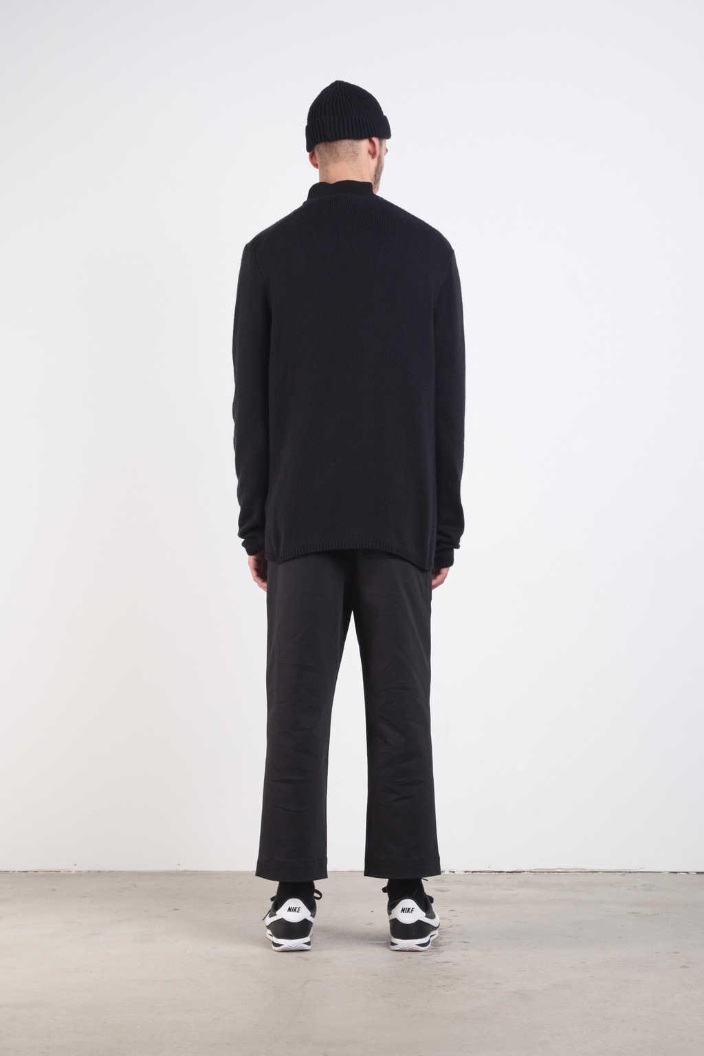 Sweater 7228 Black 4