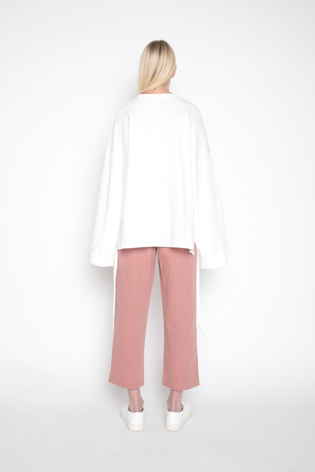 Sweater H010 Cream 4