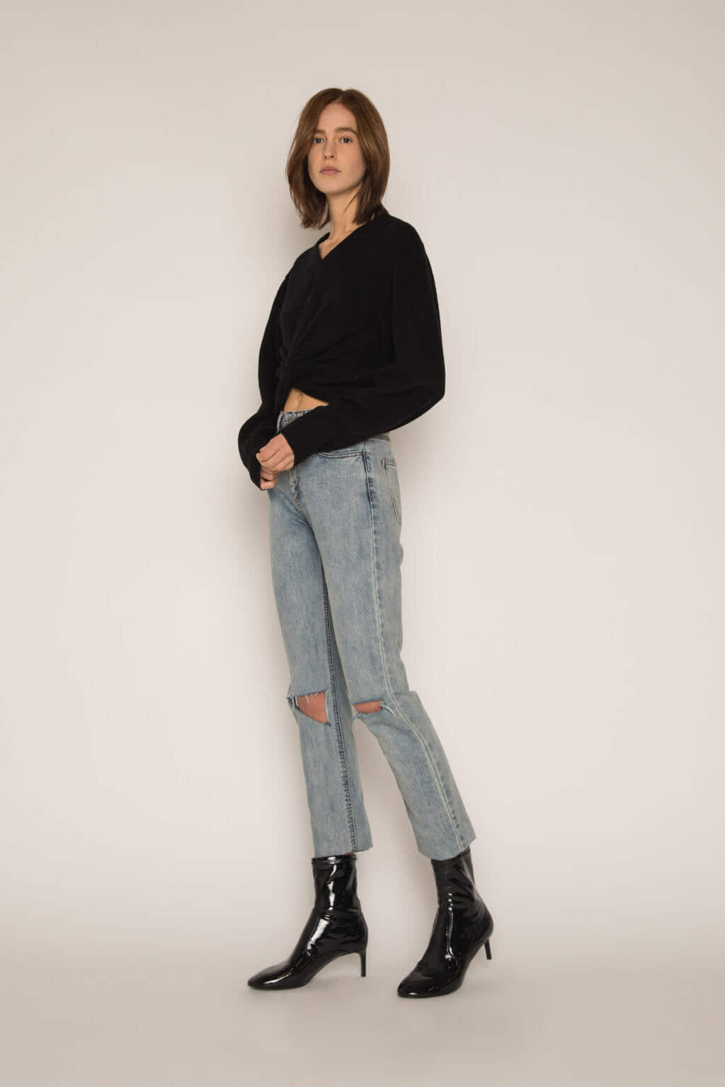 Sweater H051 Black 3