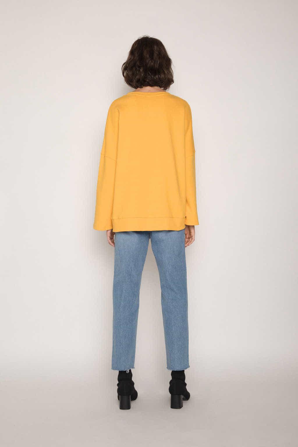 Sweater H054 Mustard 4