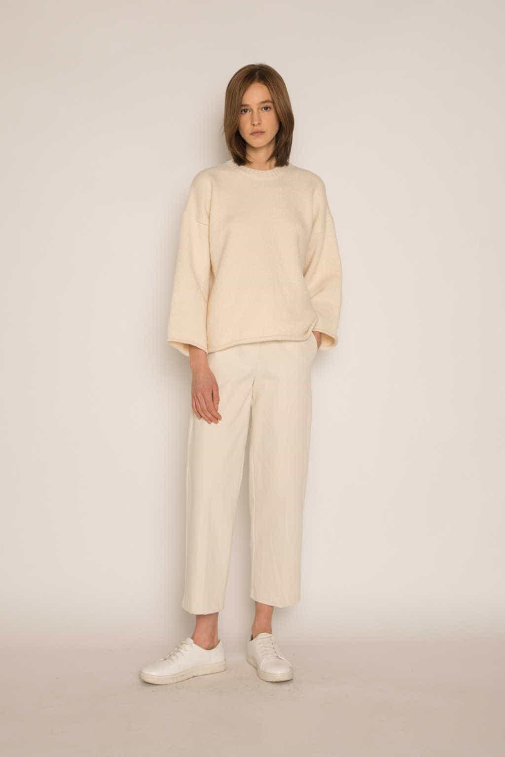Sweater H062 Cream 1