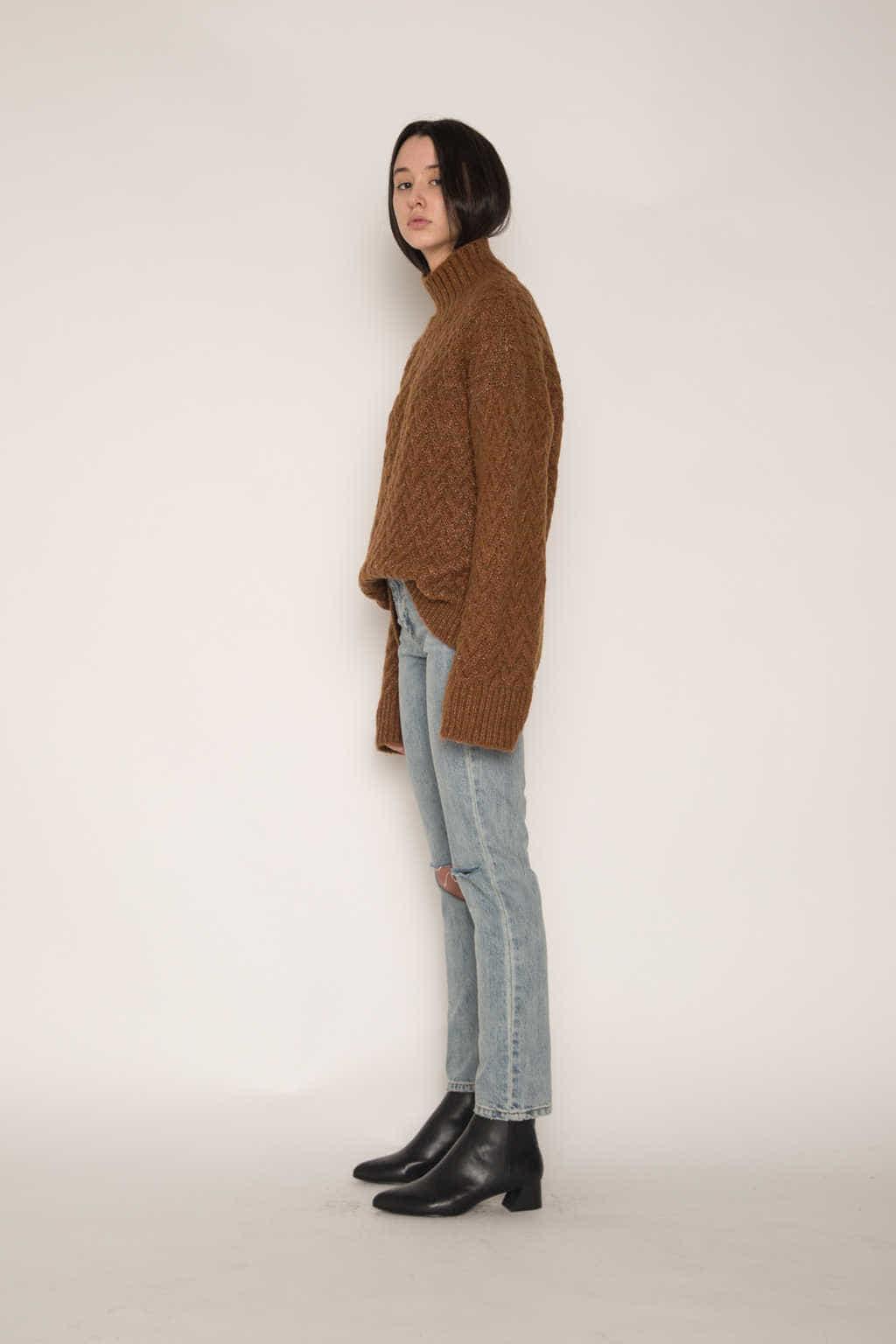 Sweater H072 Brown 3