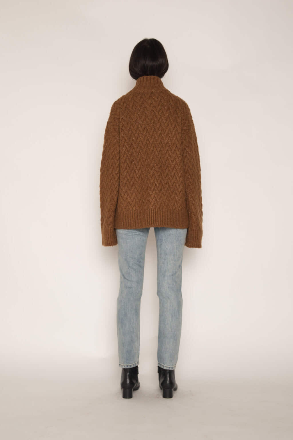 Sweater H072 Brown 4