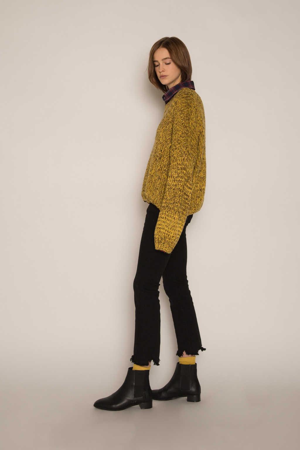Sweater H076 Mustard 3