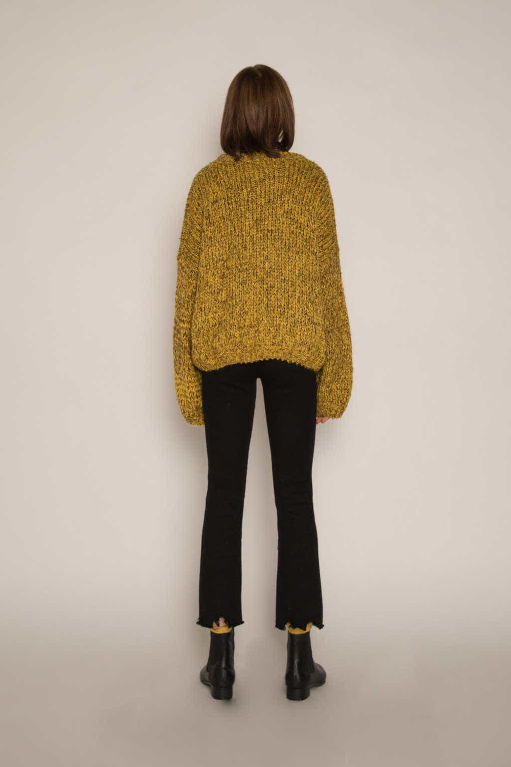 Sweater H076 Mustard 4