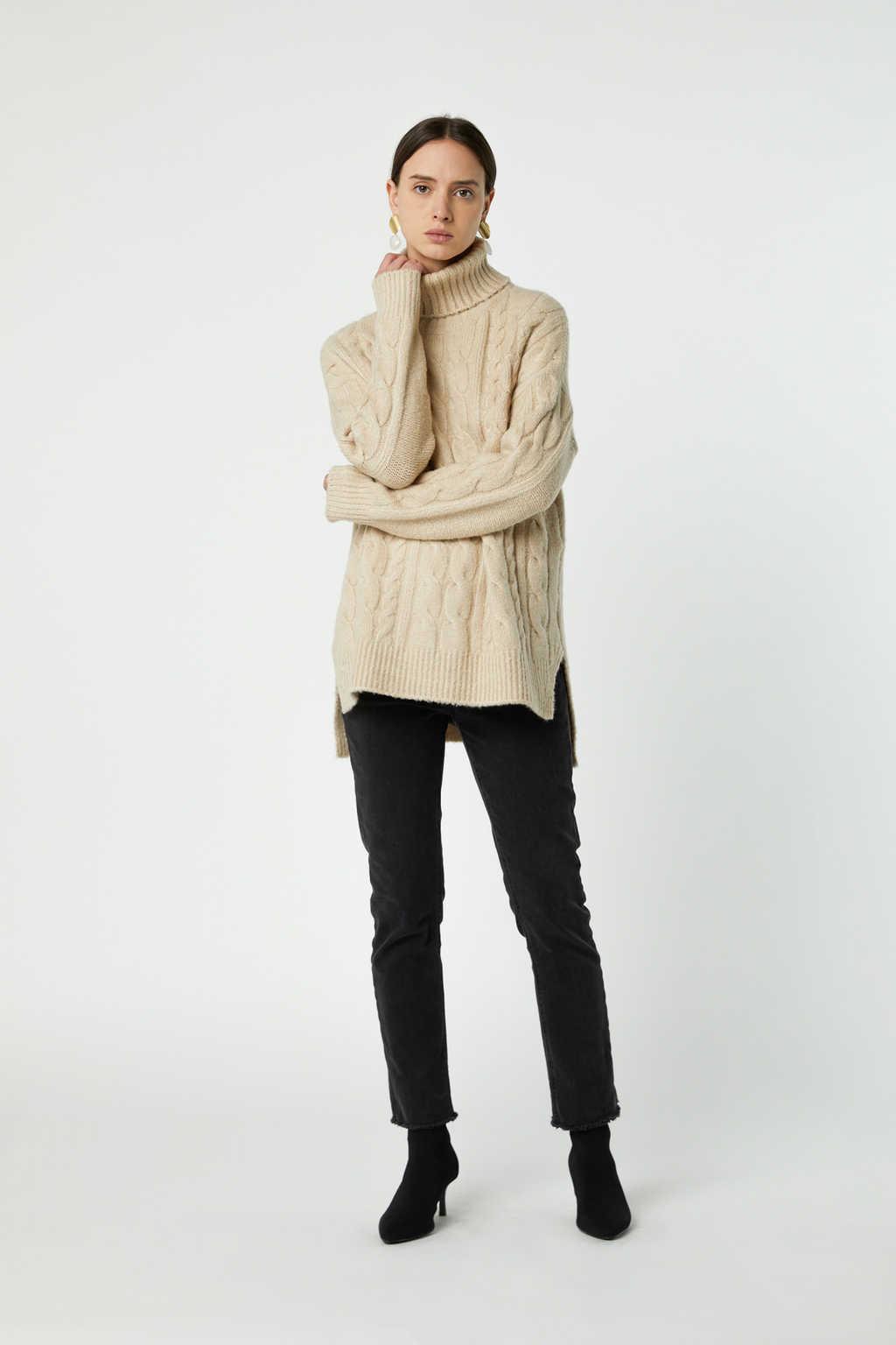 Sweater J019 Cream 2