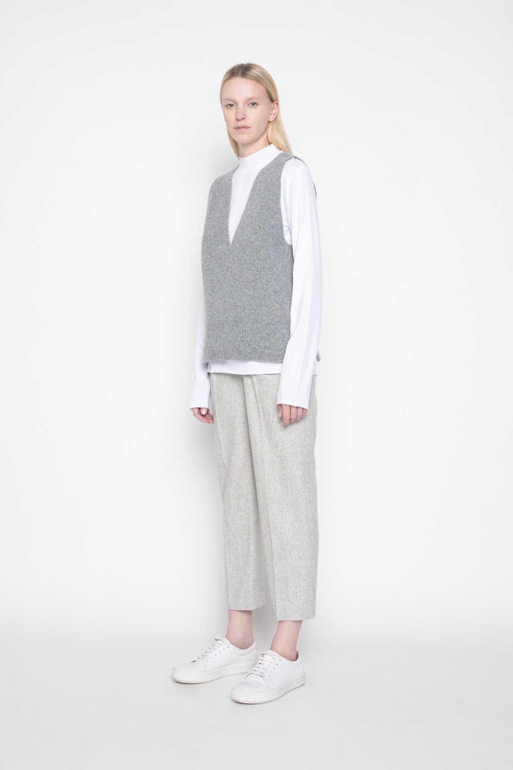 Vest G26 Gray 2