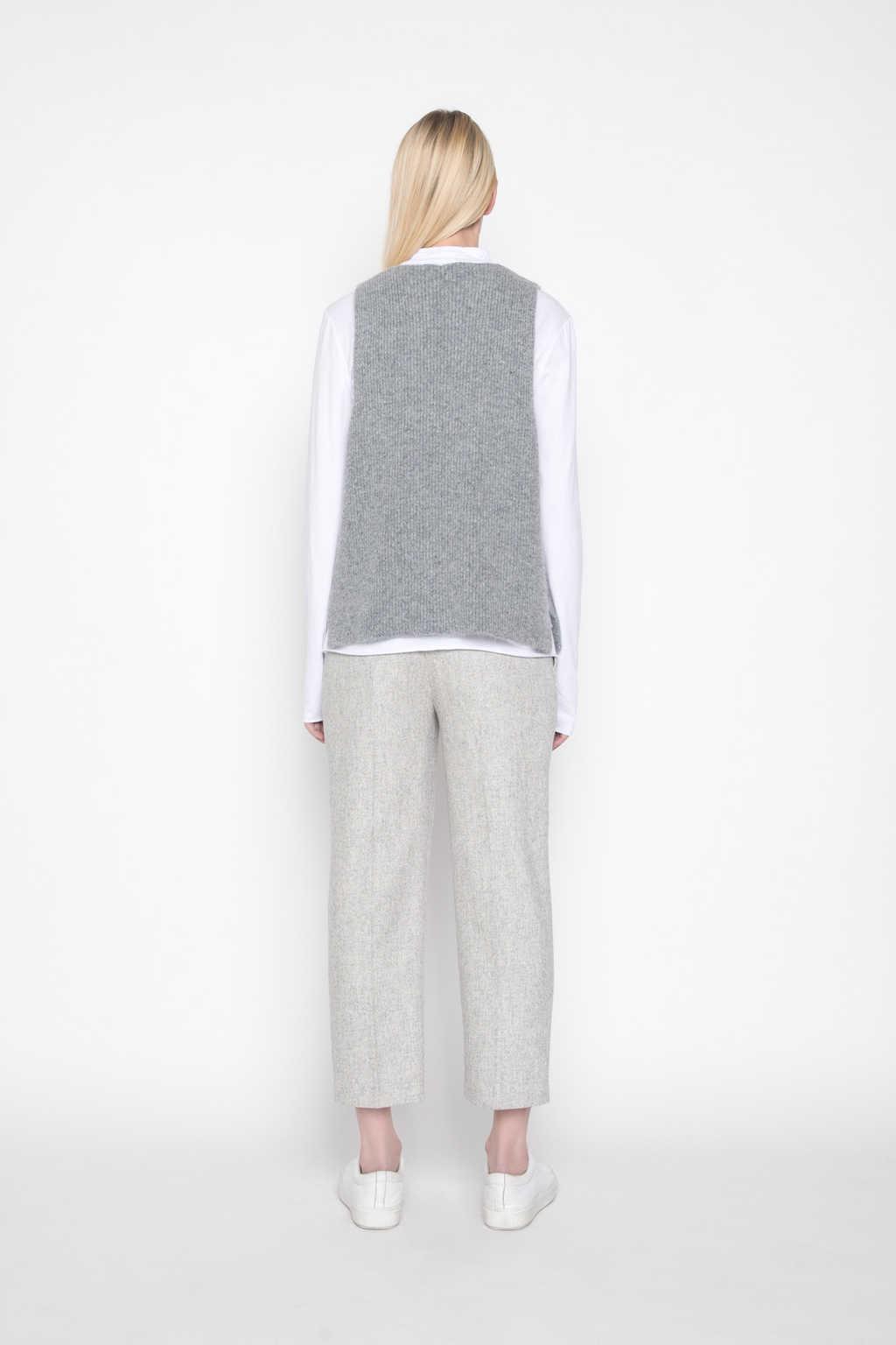 Vest G26 Gray 3