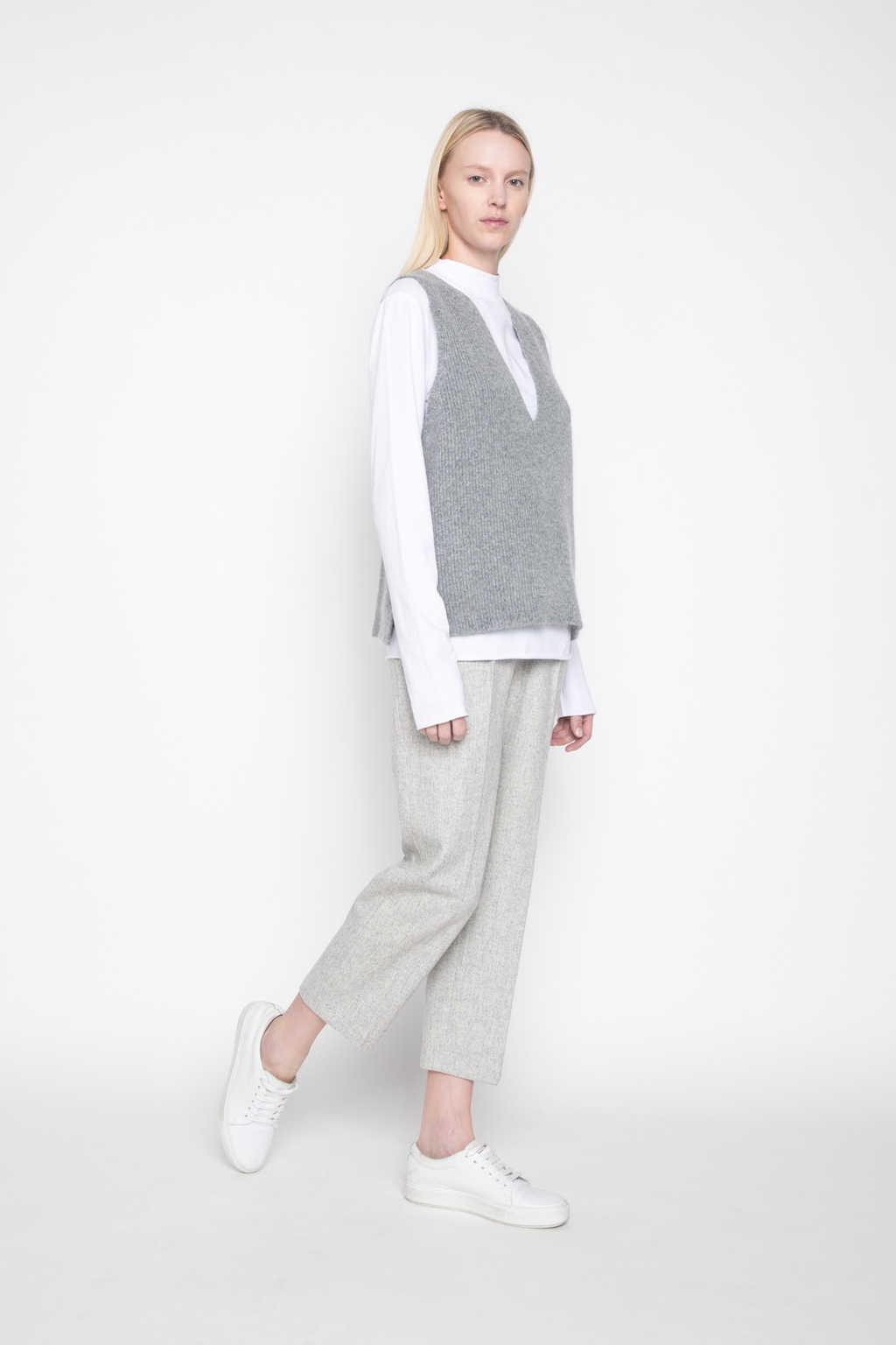 Vest G26 Gray 4