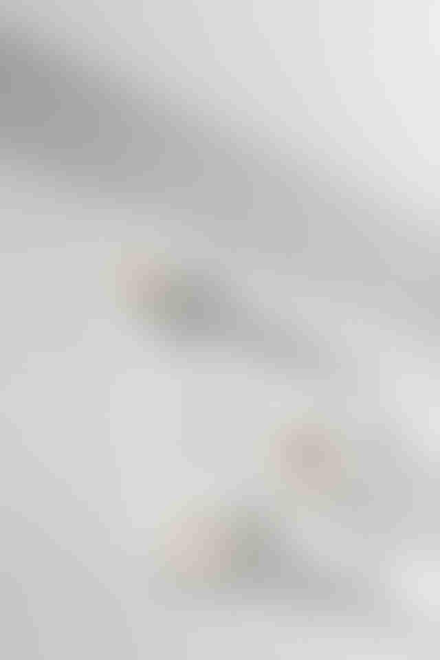 WHITE TERRAZZO TRIVET 2915