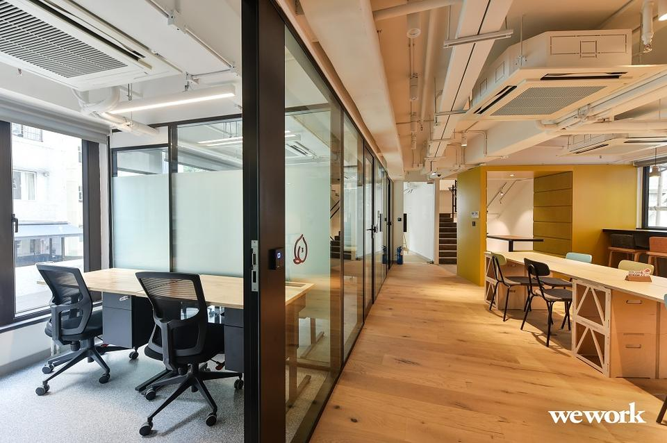 8 Person Private Office For Lease At New Street, Tai Ping Shan, Hong Kong, Hong Kong Island, - image 2