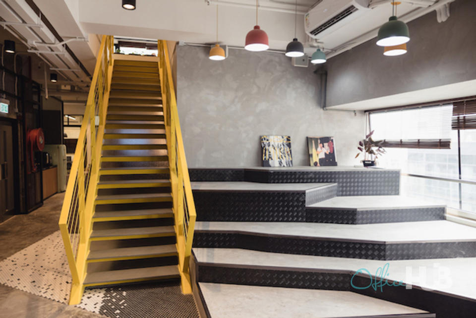6 Person Private Office For Lease At 12 Queen's Road West, Sheung Wan, Hong Kong Island, - image 1