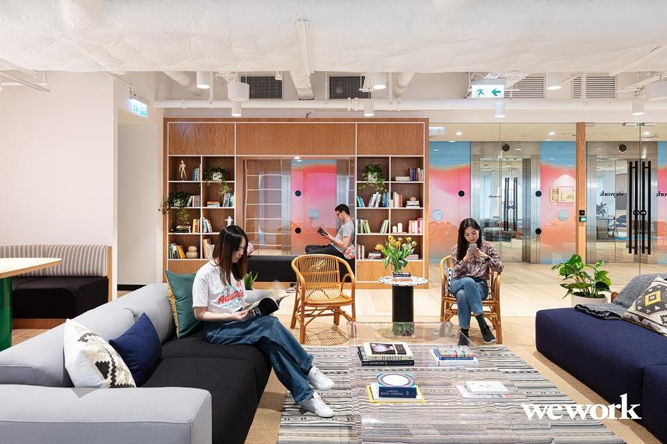 9 Person Private Office For Lease At 33 Hysan Avenue, Causeway Bay, Hong Kong, - image 1