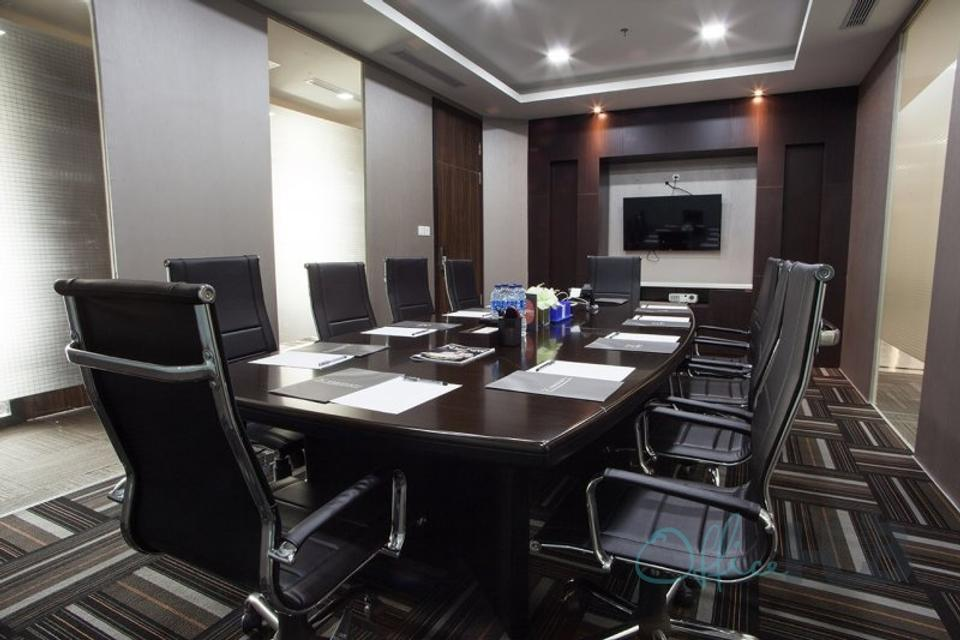 5 Person Private Office For Lease At 86 Jl. Jend. Sudirman, Central Jakarta, Jakarta, 10220 - image 1