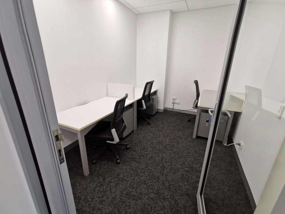 5 Person Private Office For Lease At 480 Pacific Highway, St Leonards, NSW, 2065 - image 2