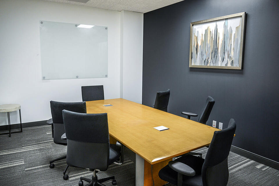 5 Person Private Office For Lease At 15260 Ventura Blvd., Sherman Oaks, CA, 91403 - image 3