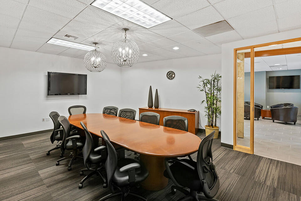 6 Person Private Office For Lease At 1700 Seventh Ave, Seattle, WA, 98101 - image 3