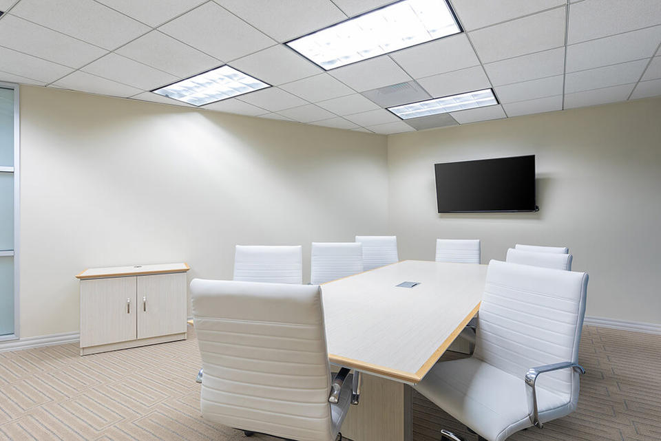 3 Person Private Office For Lease At 401 Wilshire Boulevard, Santa Monica, CA, 90401 - image 3