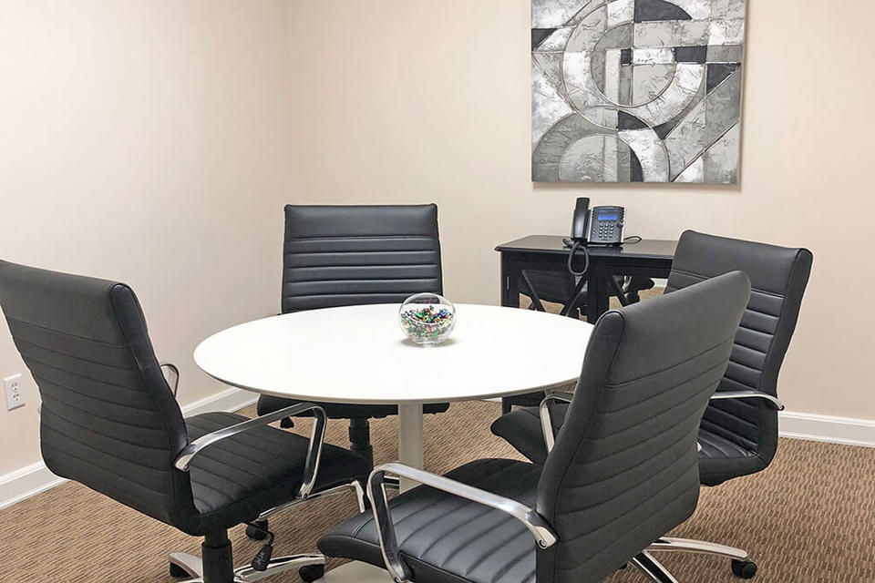 4 Person Private Office For Lease At 25101 The Old Road, Santa Clarita, CA, 91381 - image 3