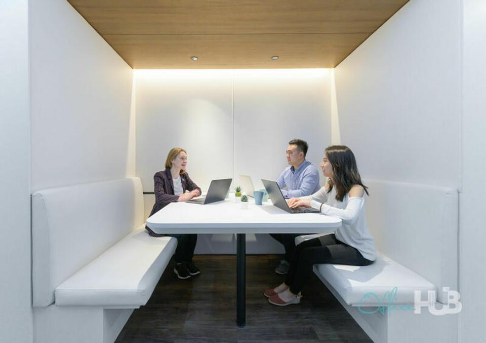 3 Person Private Office For Lease At 50 Bonham Strand, Sheung Wan, Hong Kong Island, - image 1