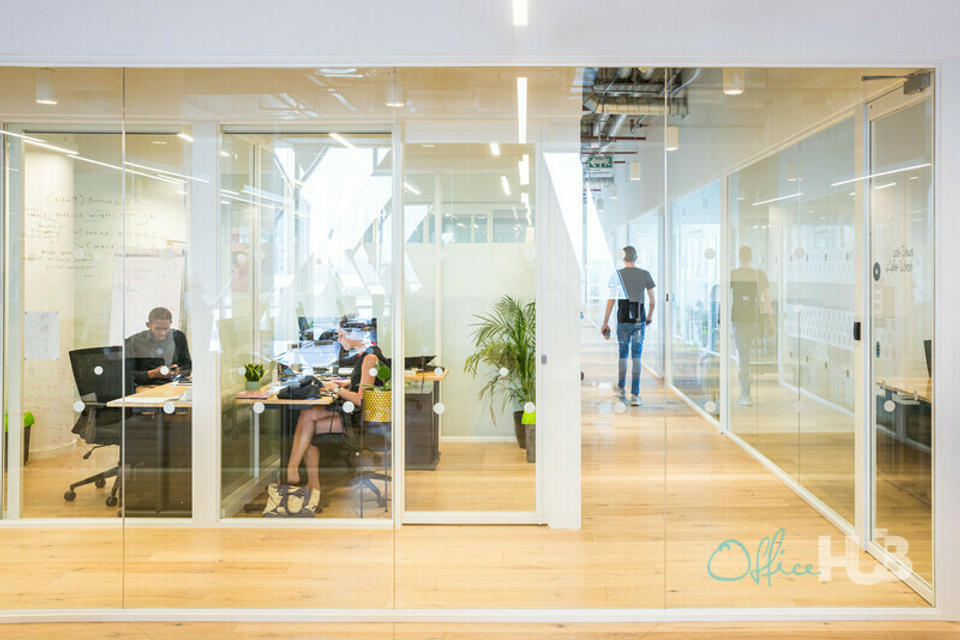 6 Person Private Office For Lease At 173 Oxford Road, Rosebank, Gauteng, 2196 - image 1