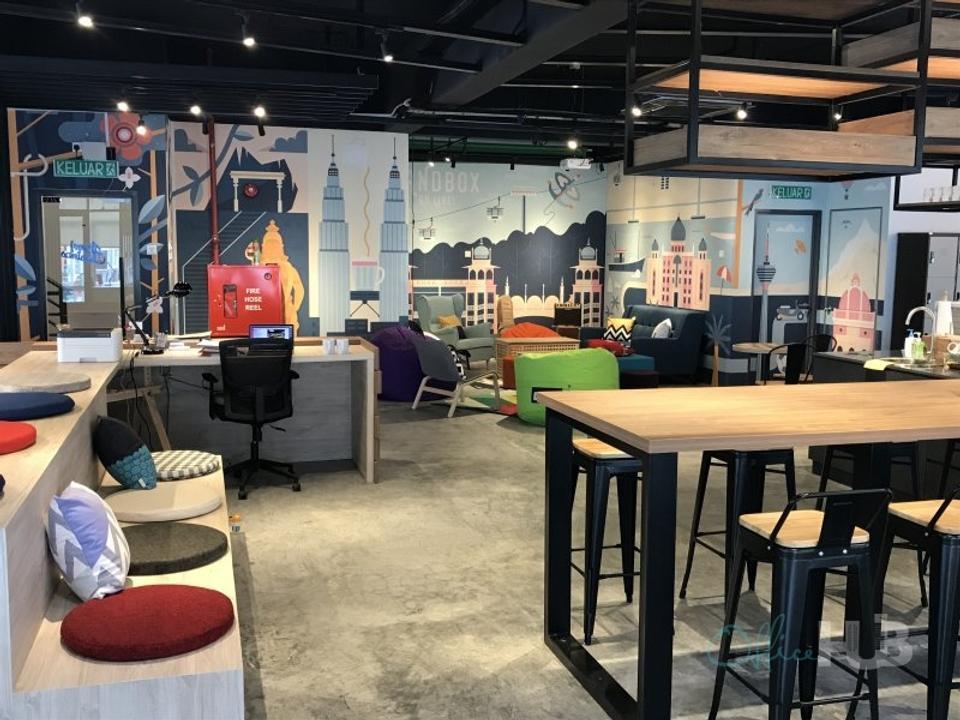 7 Person Coworking Office For Lease At Jalan Radin Bagus 3, Kuala Lumpur, Sri Petaling, 57000 - image 3