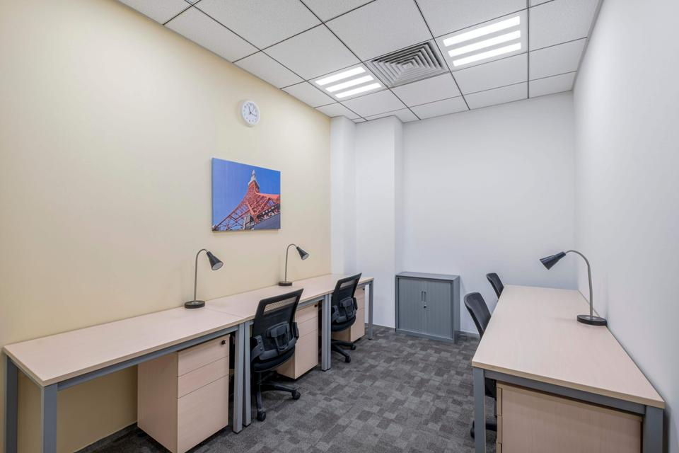 2 Person Private Office For Lease At 36 North 3rd Ring East Road, Beijing, Beijing, 100010 - image 3