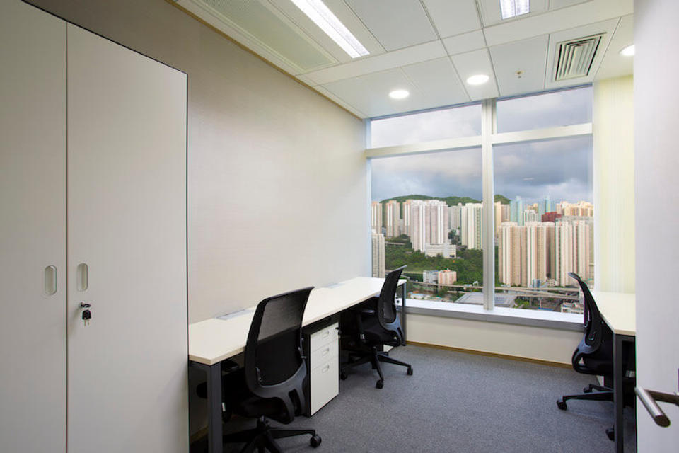 4 Person Private Office For Lease At 418 Kwun Tong Road, Kwun Tong, Kowloon, - image 1