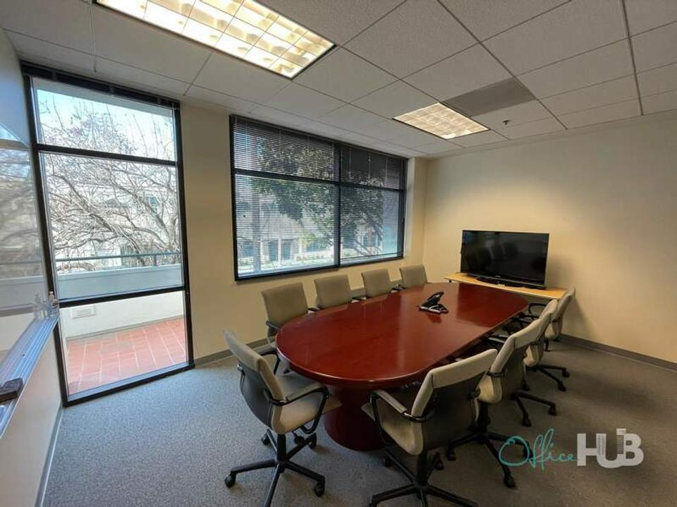 1 Person Virtual Office For Lease At 585 Glenwood Avenue, Menlo Park, CA, 94025 - image 1
