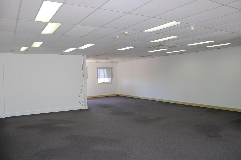 10 Person Private Office For Lease At 864 Old Cleveland Rd, Carina / Brisbane, Queensland, 4152 - image 1