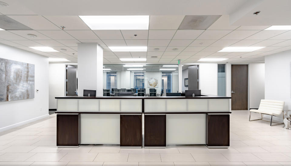 6 Person Private Office For Lease At 811 Wilshire Boulevard, Los Angeles, CA, 90017 - image 3