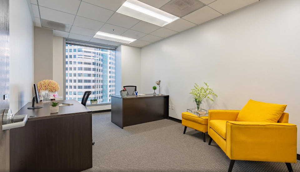 6 Person Private Office For Lease At 811 Wilshire Boulevard, Los Angeles, CA, 90017 - image 1