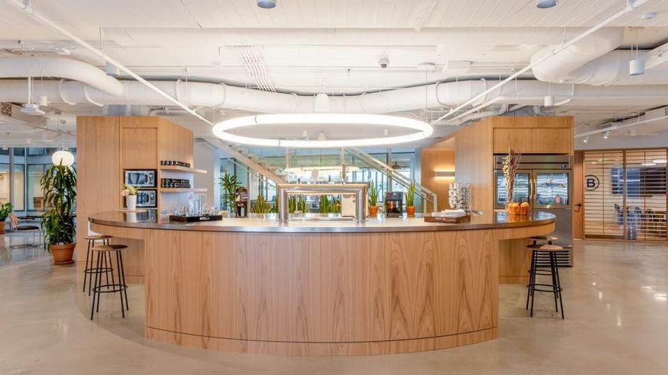 20 Person Enterprise Office For Lease At 655 New York Ave NW, Washington, Washington, 20001 - image 3