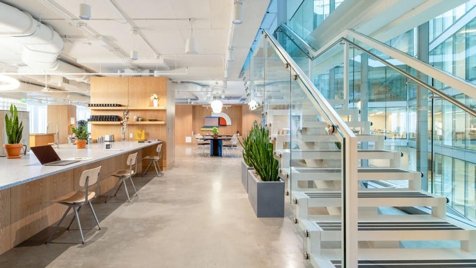 20 Person Enterprise Office For Lease At 655 New York Ave NW, Washington, Washington, 20001 - image 1