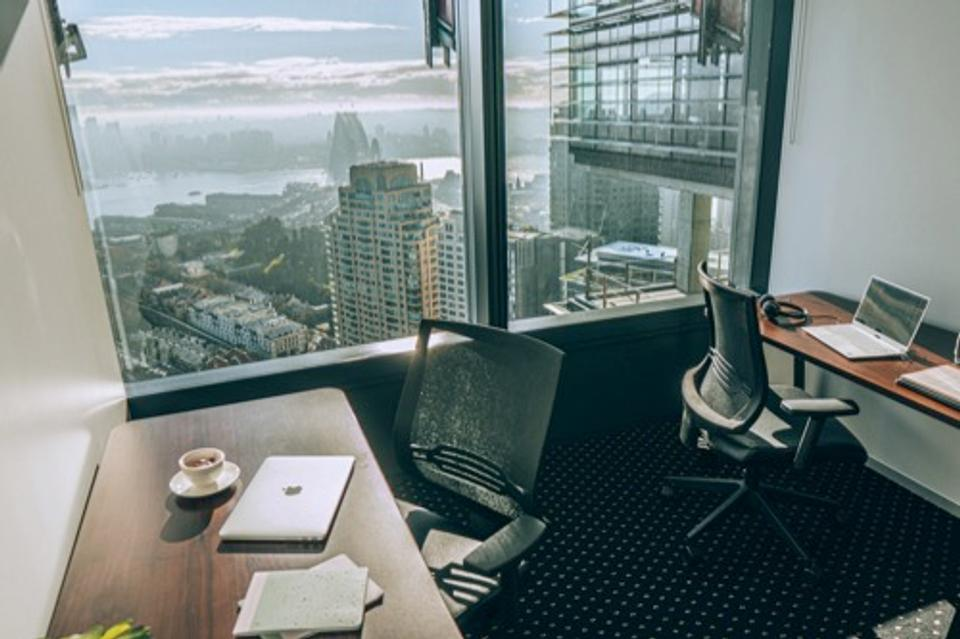 1 Person Casual Office For Lease At 100 Barangaroo Avenue, Sydney, NSW, 2000 - image 2