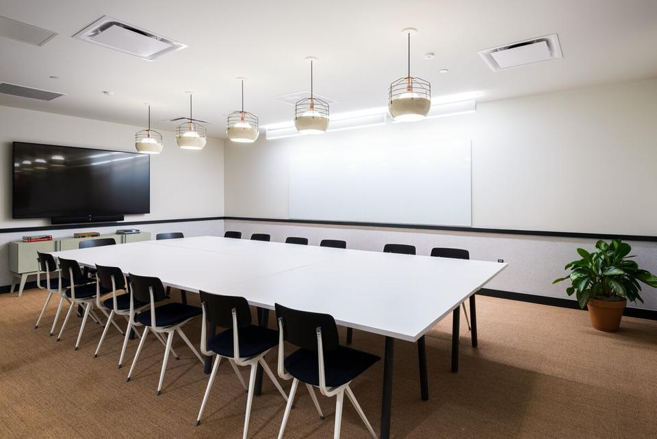 1 Person Coworking Office For Lease At 1730 Minor Ave, Seattle, WA, 98101 - image 2