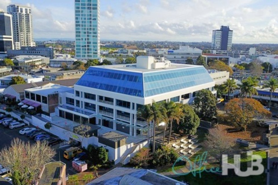 Office space for lease in 33-45 Hurstmere Road Auckland - image 1
