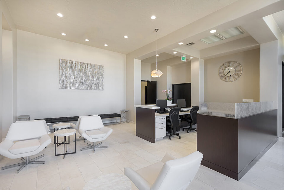 Office space for lease in 790 East Colorado Pasadena - image 3