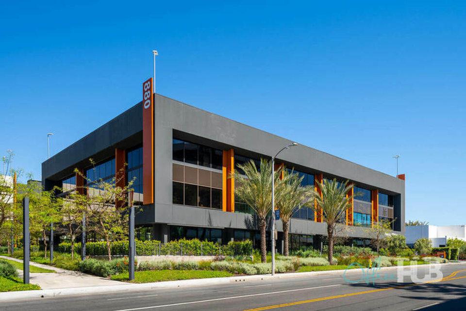 Office space for lease in Cross Campus El Segundo - image 1